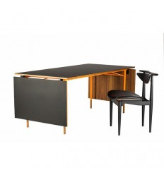 Nyhavn Dining Table w/ 2 Drop Leaves
